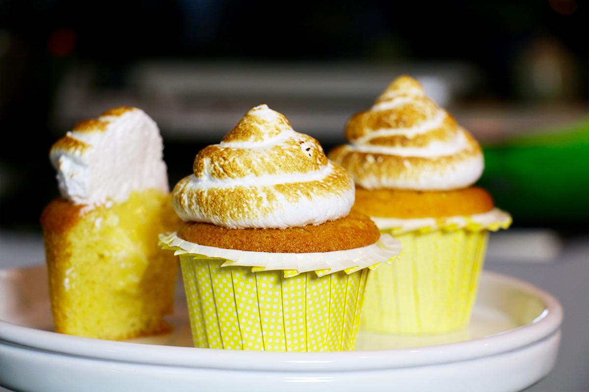Cupcakes citron meringu s faciles et moelleux - Recette de cupcake facile ...