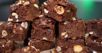 brownies sans beurre et 2 fois moins de sucre. Black Bedroom Furniture Sets. Home Design Ideas