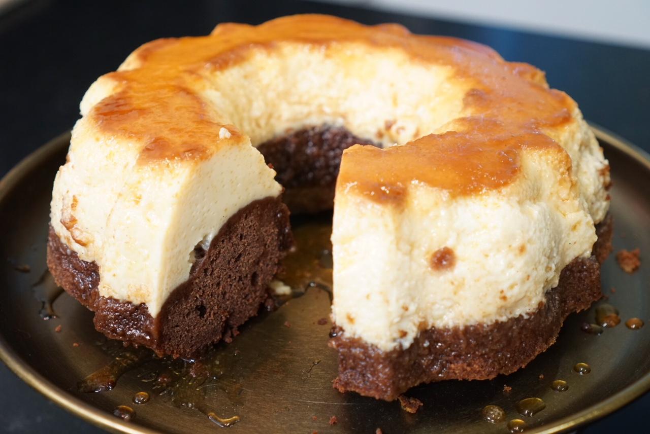 recette du g teau magique chocolat flan vanille caramel. Black Bedroom Furniture Sets. Home Design Ideas