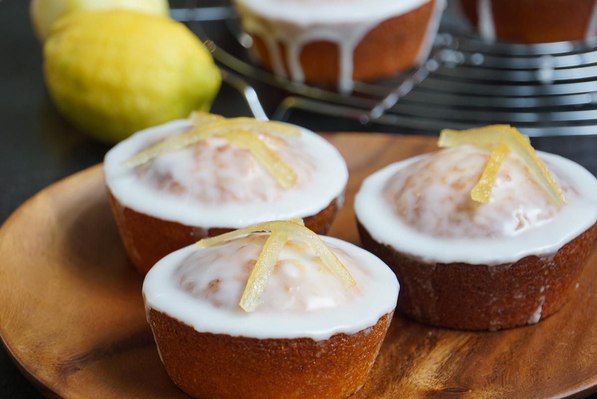 Recette vid o super cake au citron intense par herv cuisine - Herve cuisine buche de noel ...